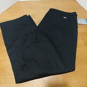 Dickies stretch twill relaxed fit pants 18 petite